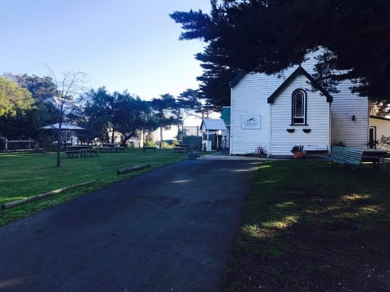 Dalyston, Australia: The Church