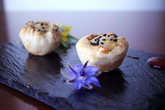 Corinthia Hotel Lisbon: Delicious Patty from Típico Restaurante
