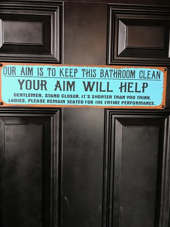 Gresham, OR: Bathroom Instructions....I love it! Read the small print at bottom