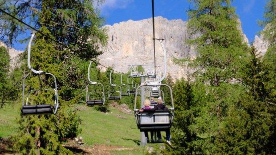 Nova Levante, Włochy: On the way up in the Ski Lift