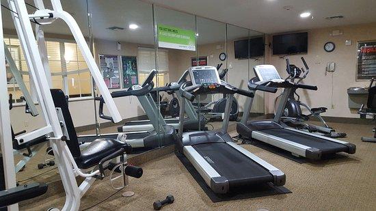 Cedar Hill, TX: Exercise Room
