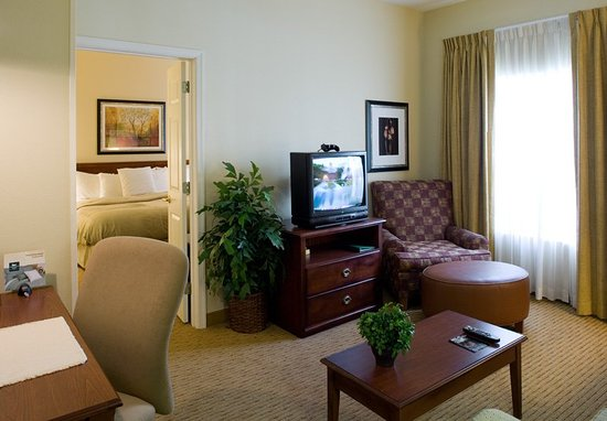 Cranford, Nueva Jersey: Suite Living Room