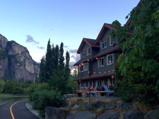 Squamish Adventure Inn