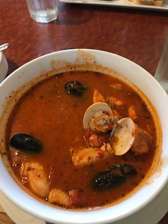 Edmonds, Waszyngton: Fish Stew,,,very tasty, generous pieces of fish.