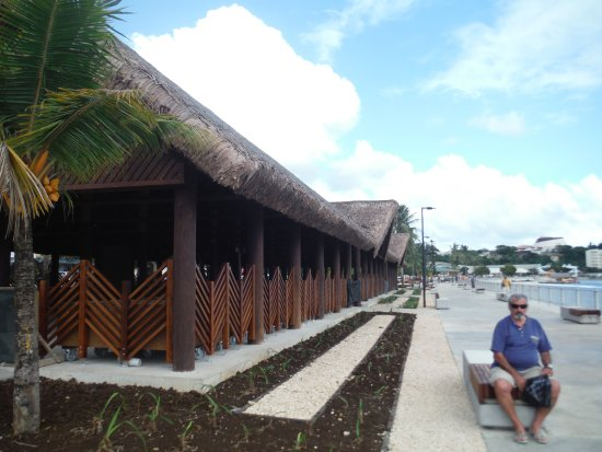 Atmosphere Tours: Vila foreshore, under construction after the cyclone.