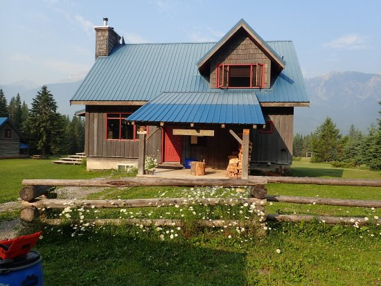 Nipika Mountain Resort: Rocky Mountain cabin - Nipika's largest