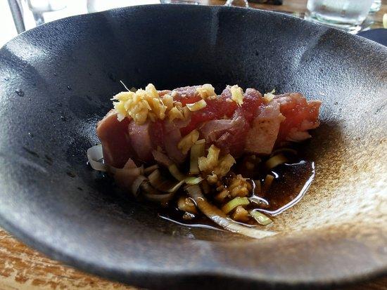 Infiesto, Hiszpania: Sushi y tartar