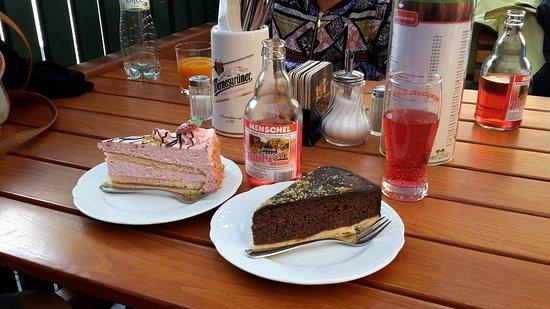 Landguthotel Café Meier: Two of the delicious cakes!