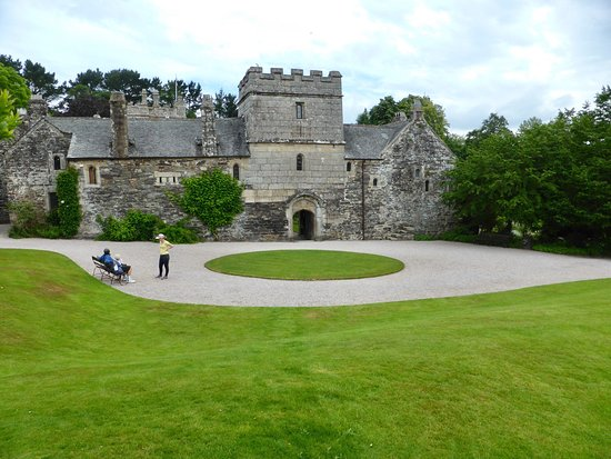 St Dominick, UK: Grounds of Cotehele
