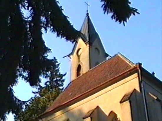 Eichgraben, Austria: Церковь рядом с кафе