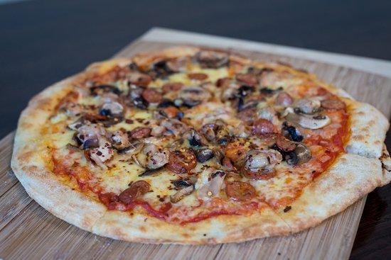 Havelock North, Νέα Ζηλανδία: Chicken, mushroom, chilli pizza