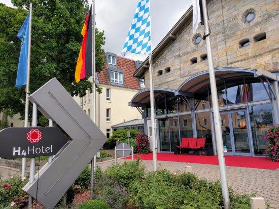 H4 Hotel Residenzschloss Bayreuth: Eingangsbereich