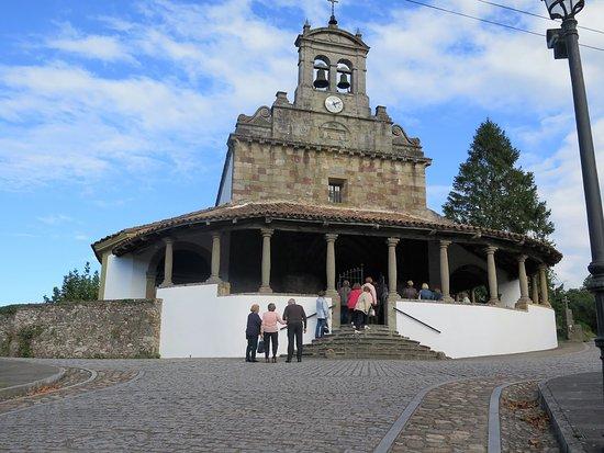 Iglesia de San Juan de Amandi