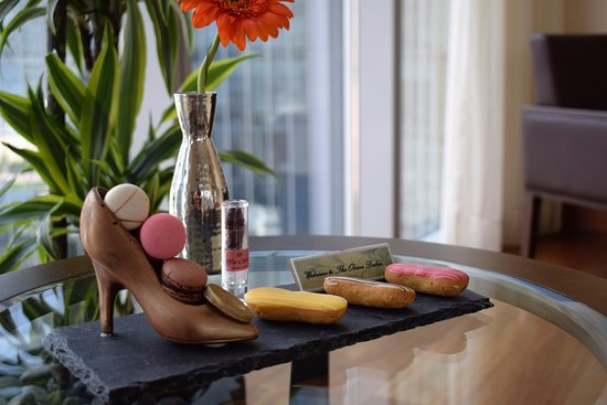 The Oberoi, Dubai: In - room guest amenities specially made for Single lady travellers