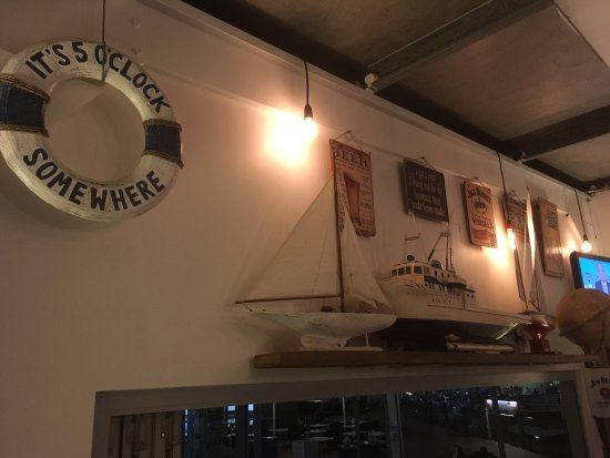 Tewantin, Australien: Harbour Wine Bar