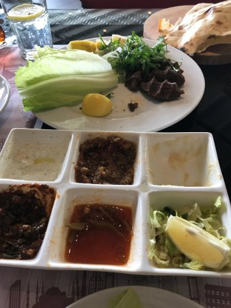 Meze plate and cigkofte