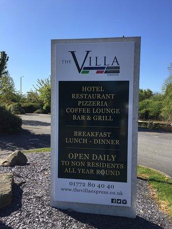 The Villa Express Kirkham: The Villa Express and The Villa Italian in Kirkham Signage