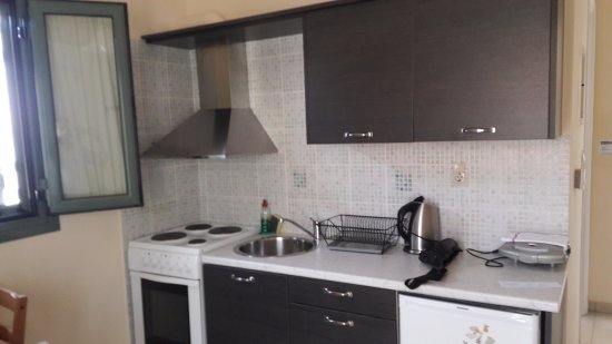 Akti Kamares : Κουζίνα διαμερίσματος 4, 1ου ορόφου