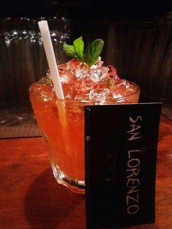Agios Lavrentios, Greece: cocktail San Lorenzo strawberry with rum