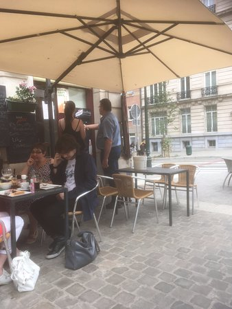 Brasserie de la Renaissance : Some pictures from the outside