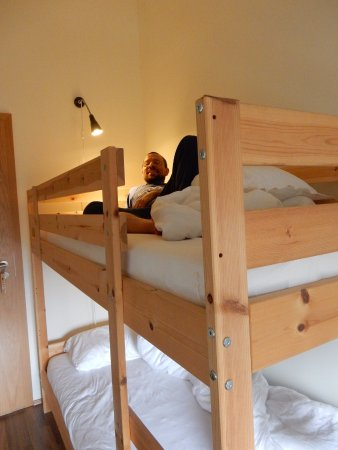 Camera con letto a castello - Picture of Tradir Guesthouse ...
