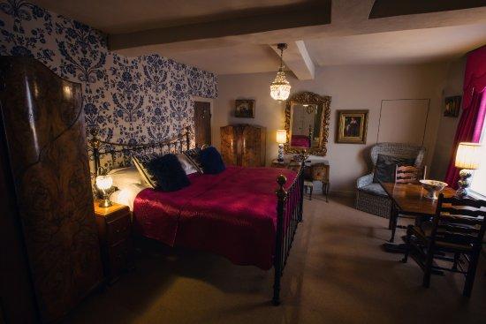 Draper's Hall: The Walnut Room