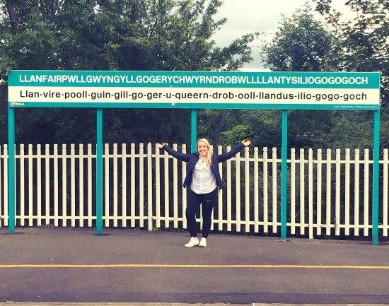Llanfairpwllgwyngyll, UK: photo0.jpg