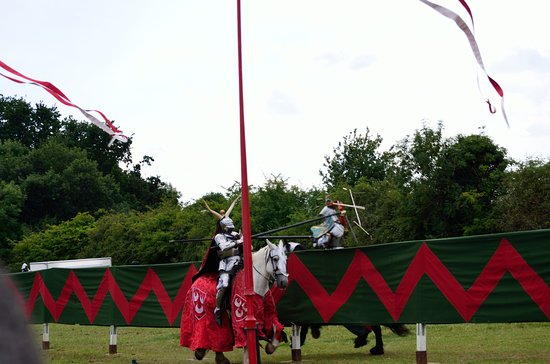 Eltham Palace and Gardens : Grand Medieval Joust