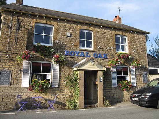 The royal oak drimpton