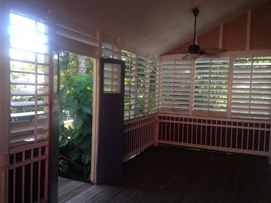 Gecko's Backpackers: Porch