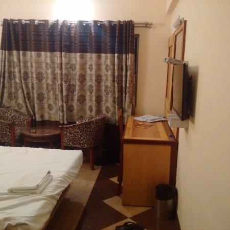 OYO 4439 Aura Inn Photo