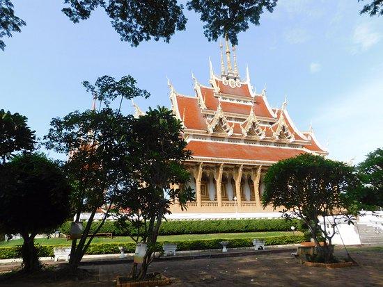 Khon Kaen, Thailand: Issan style pagoda
