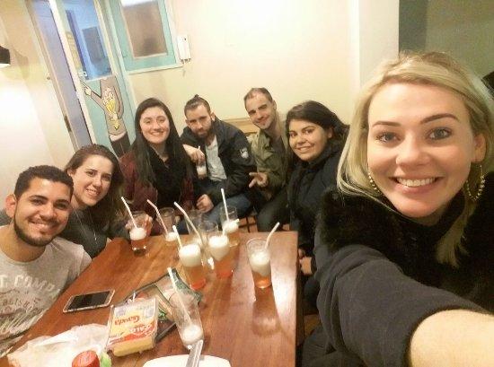Hostal Providencia: Última noite com amigos que fizemos lá!