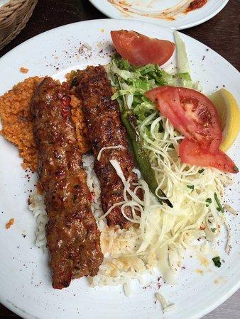 Divan bonn zentrum restaurant reviews phone number for Divan kebab menu