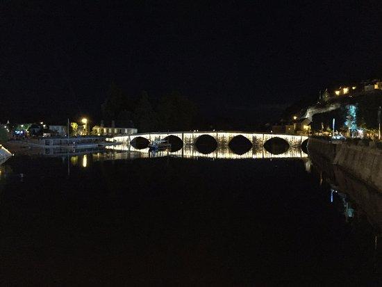 Pont vieux de Terrasson Lavilledieu