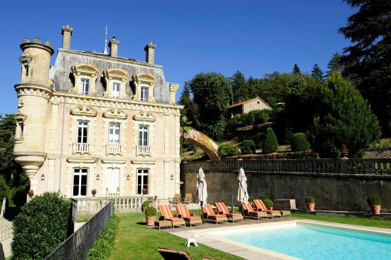 Chateau Clement Photo