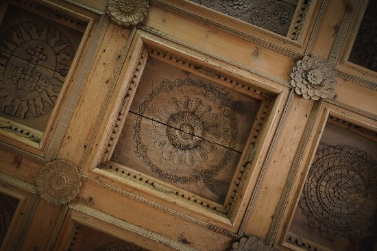 Engadine Museum: Detail of a  coffer-ceiling, dated 1691