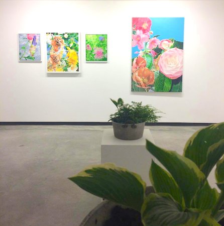 Barnstaple, UK: Pairadaeza : View of John Huford's paintings 