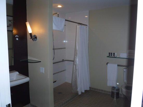Bath Products Picture Of Raffaello Hotel Chicago
