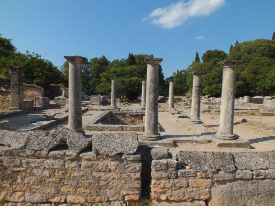 Saint-Remy-de-Provence, France: Glanum