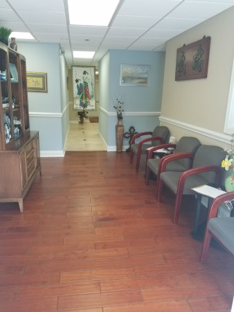 Hendersonville, NC: Waiting area