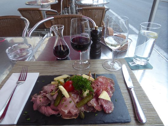Biel, Switzerland: 'Falken Plättli' and wine