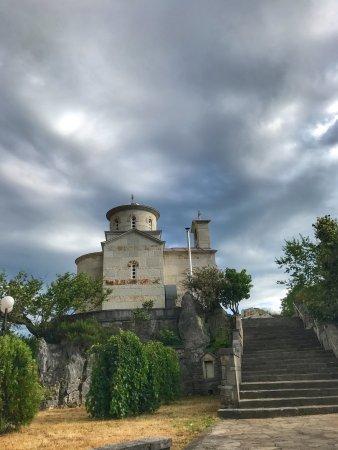 Ostrog Monastery: photo6.jpg