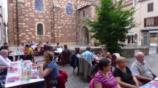 Le Basilic: la place la terrasse