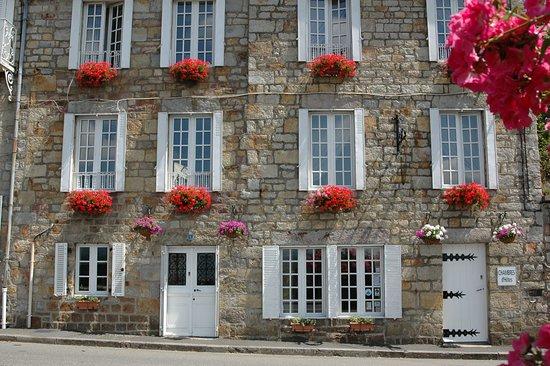 Num ro cinq chambre d h tes b b domfront france voir for Numero chambre hotel