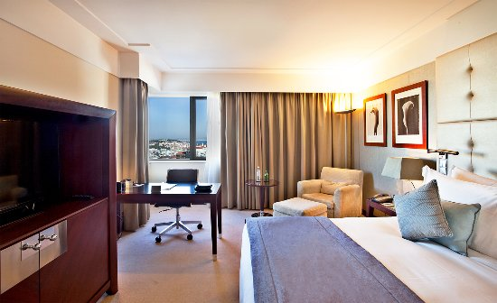 InterContinental Lisbon: Executive River View Room