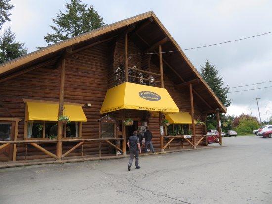Duncan, Canada: Winter facade