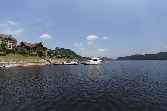 Chun'an County, จีน: 千岛湖滨江希尔顿酒店