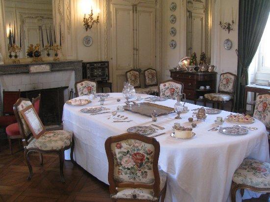 Tourville sur arques foto 39 s getoonde afbeeldingen van for Jolie salle a manger
