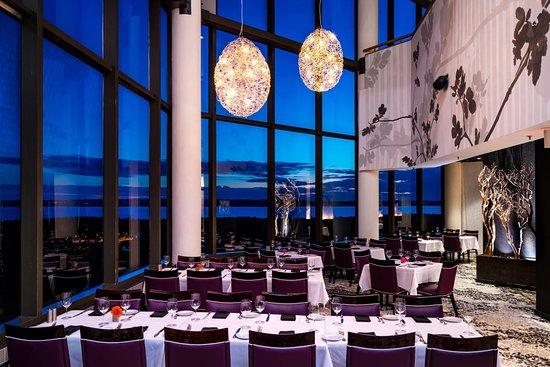 Acme, MI: Aerie Restaurant & Lounge